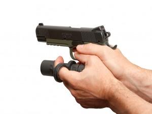 Flashlight retention device